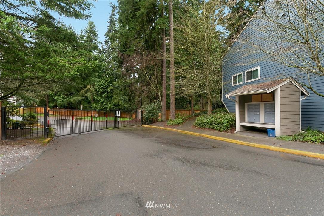 Sold Property   730 N 161st Place #15 Shoreline, WA 98133 23