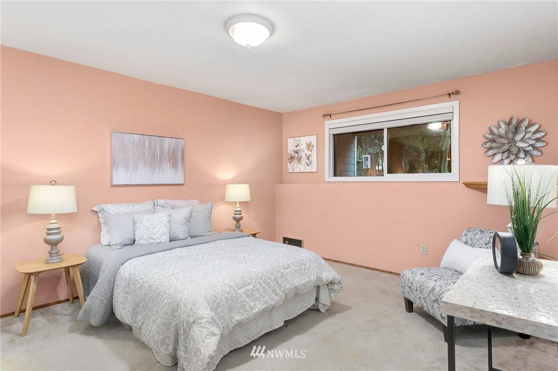 Sold Property   730 N 161st Place #15 Shoreline, WA 98133 19
