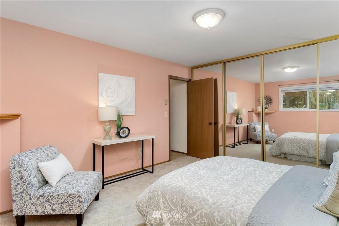 Sold Property   730 N 161st Place #15 Shoreline, WA 98133 20