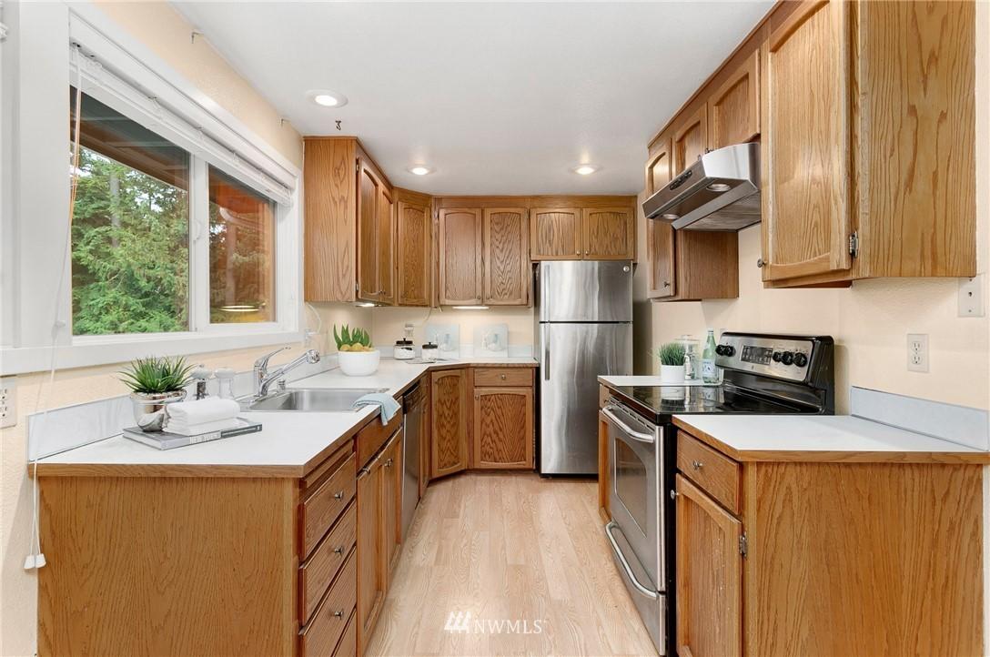 Sold Property   730 N 161st Place #15 Shoreline, WA 98133 6