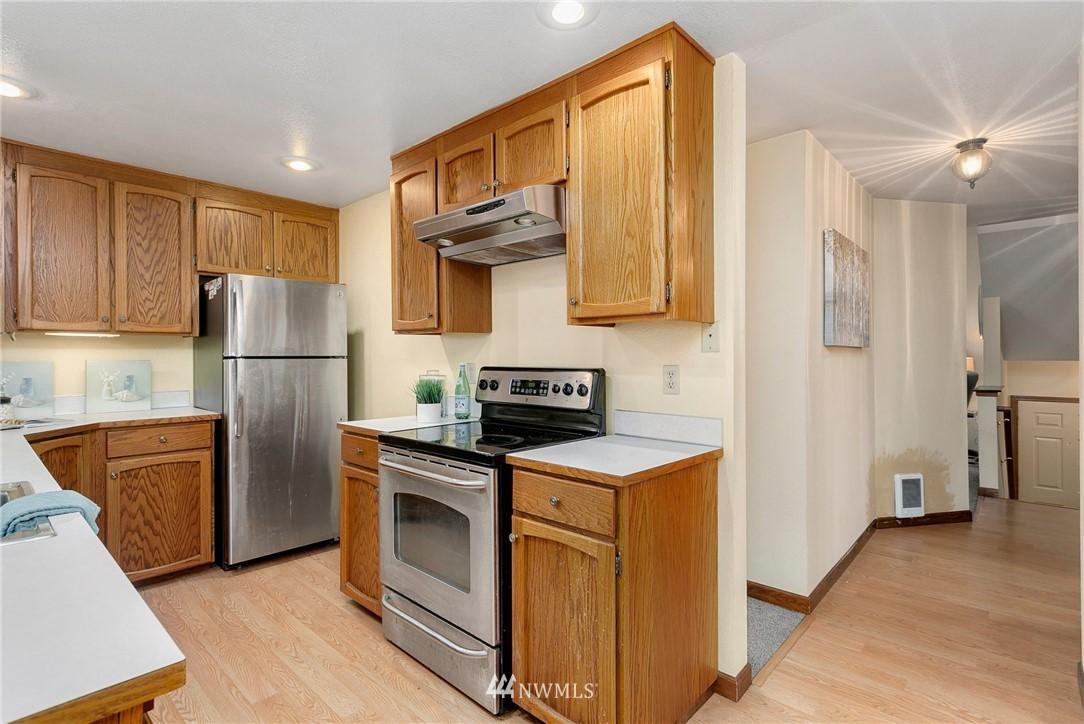 Sold Property   730 N 161st Place #15 Shoreline, WA 98133 10