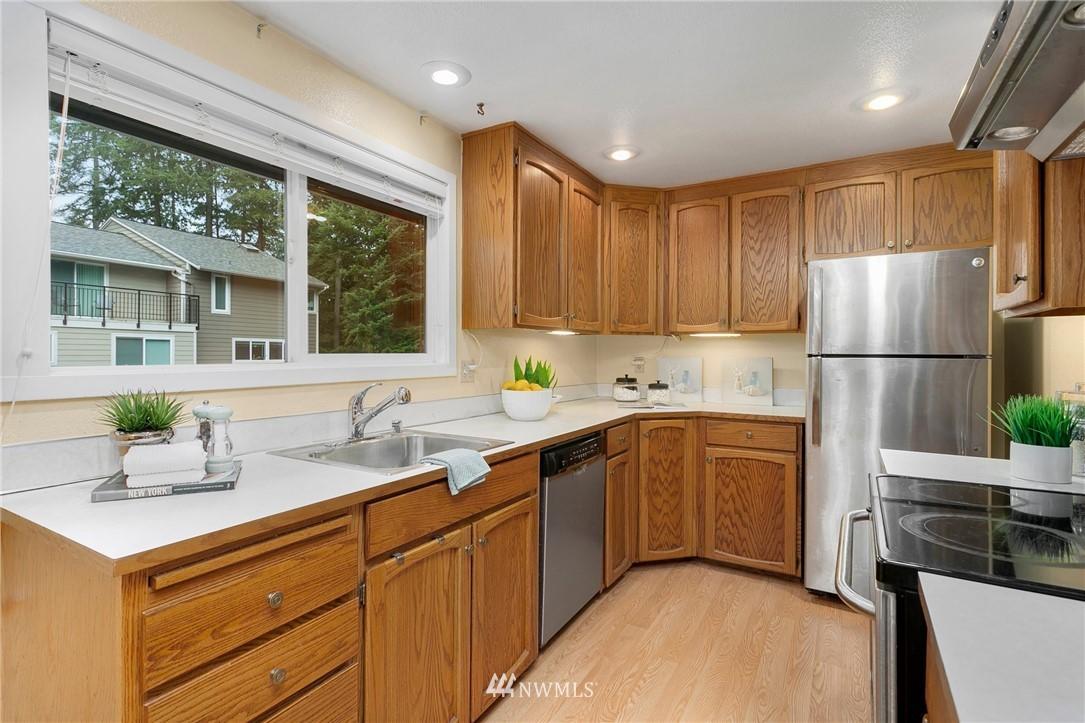 Sold Property   730 N 161st Place #15 Shoreline, WA 98133 7