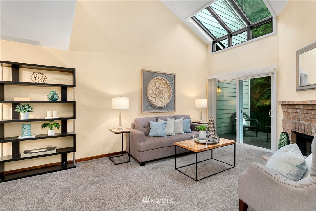 Sold Property   730 N 161st Place #15 Shoreline, WA 98133 1