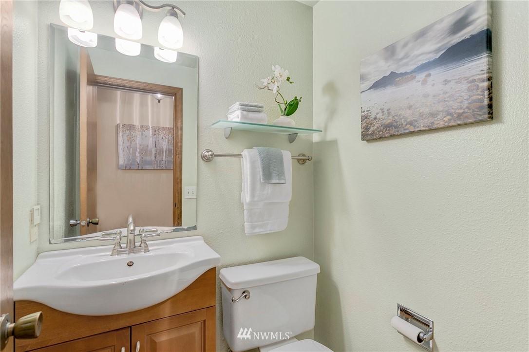 Sold Property   730 N 161st Place #15 Shoreline, WA 98133 11