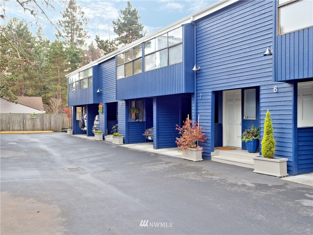 Sold Property | 1431 NW Richmond Beach Road #8 Shoreline, WA 98177 0