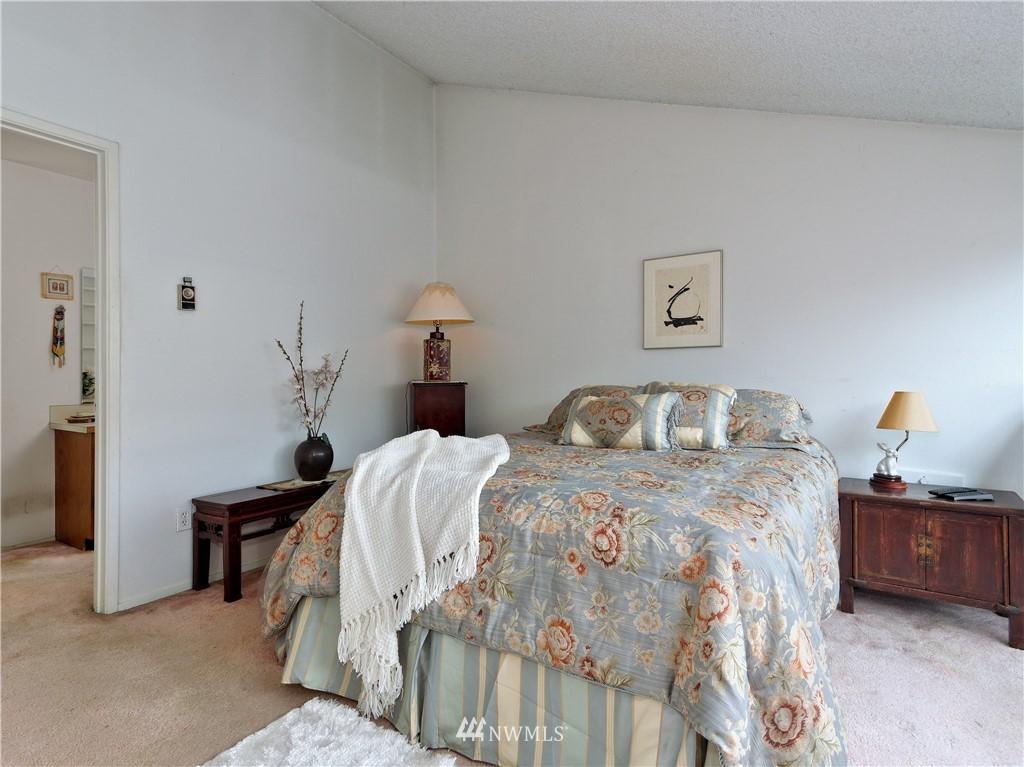 Sold Property | 1431 NW Richmond Beach Road #8 Shoreline, WA 98177 9