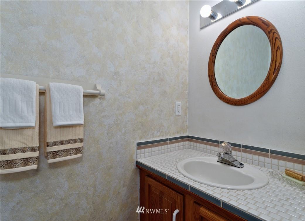 Sold Property | 1431 NW Richmond Beach Road #8 Shoreline, WA 98177 13