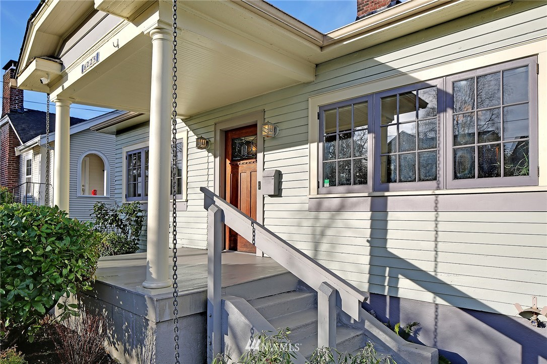 Sold Property   6225 Woodlawn Avenue N Seattle, WA 98103 1
