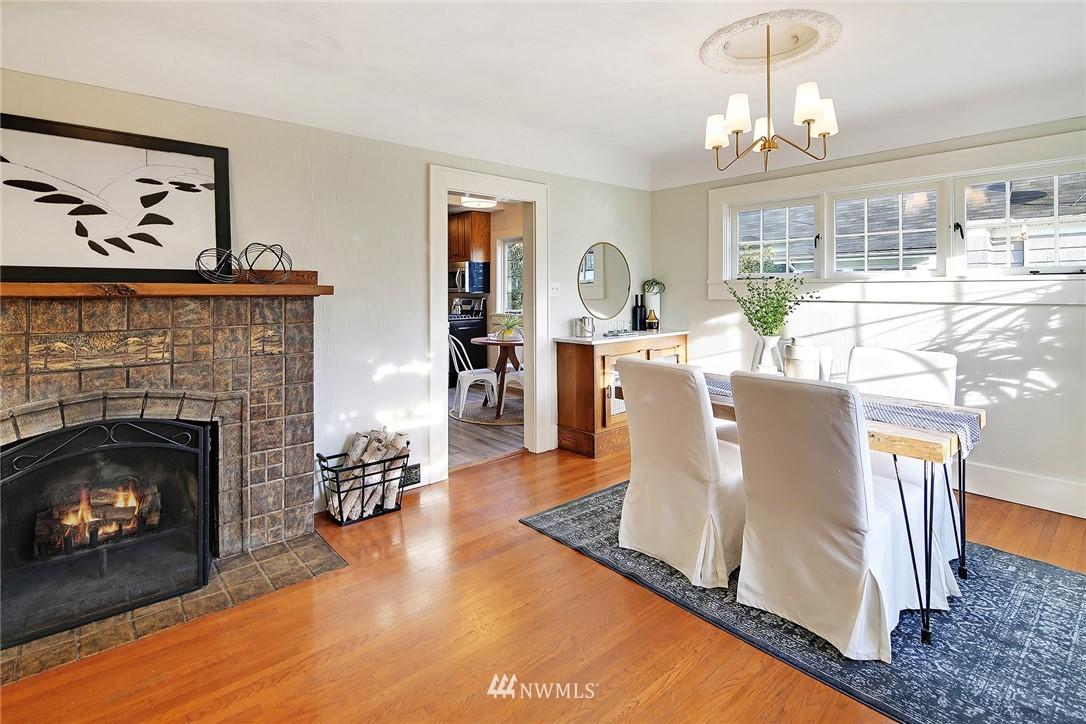 Sold Property   6225 Woodlawn Avenue N Seattle, WA 98103 5