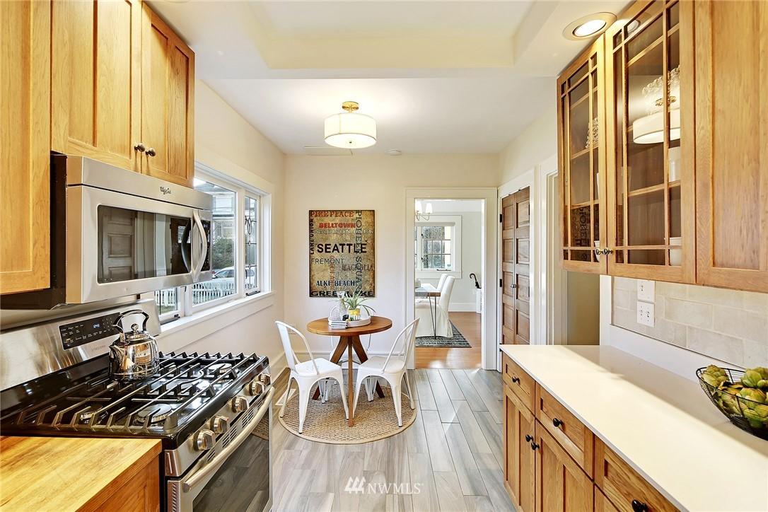 Sold Property   6225 Woodlawn Avenue N Seattle, WA 98103 7
