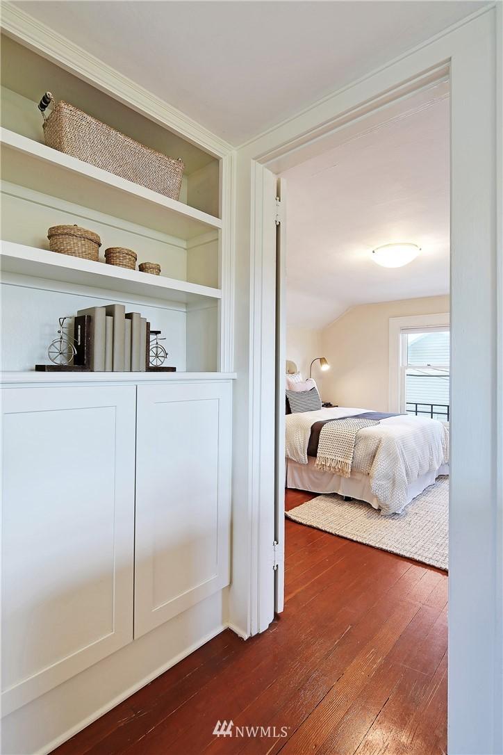 Sold Property   6225 Woodlawn Avenue N Seattle, WA 98103 12