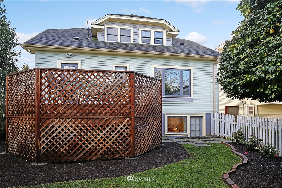 Sold Property   6225 Woodlawn Avenue N Seattle, WA 98103 22