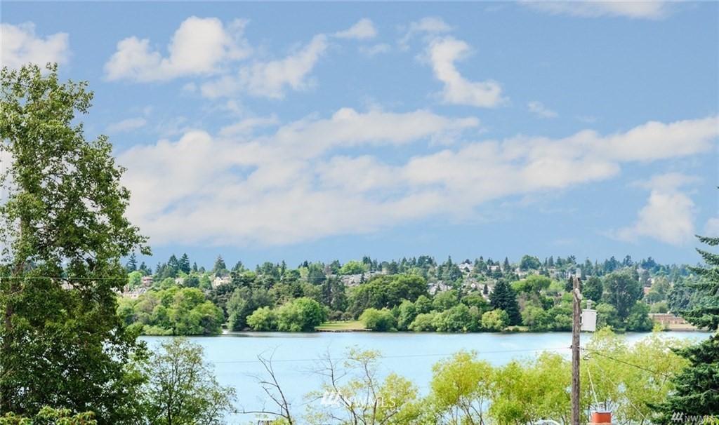 Sold Property   6225 Woodlawn Avenue N Seattle, WA 98103 16