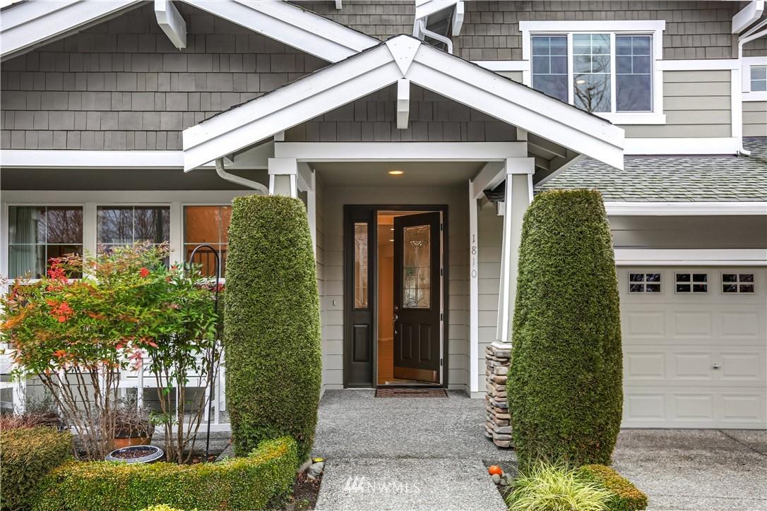 Sold Property | 1810 28th Avenue NE Issaquah, WA 98029 1