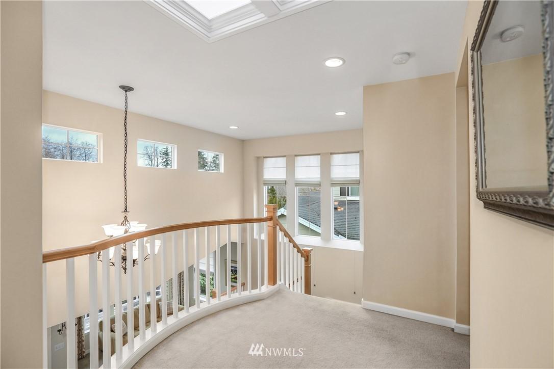 Sold Property | 1810 28th Avenue NE Issaquah, WA 98029 14