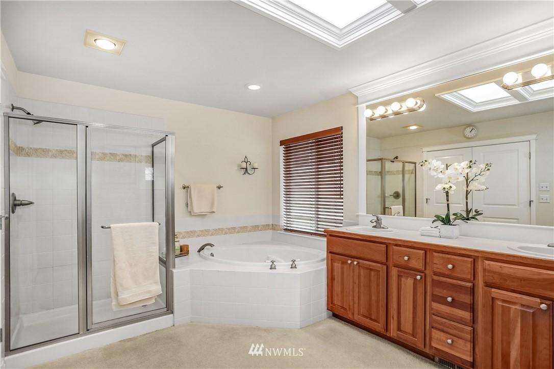 Sold Property | 1810 28th Avenue NE Issaquah, WA 98029 17