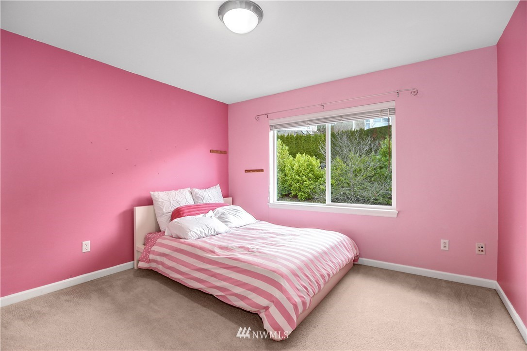 Sold Property | 1810 28th Avenue NE Issaquah, WA 98029 19