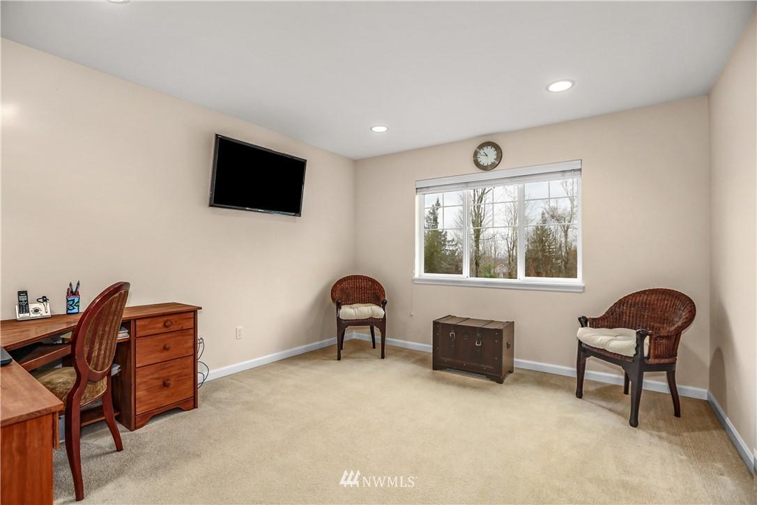 Sold Property | 1810 28th Avenue NE Issaquah, WA 98029 21