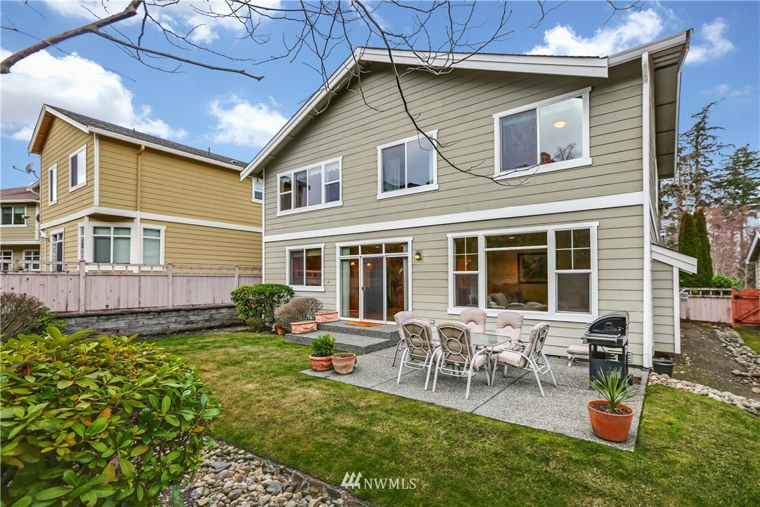 Sold Property | 1810 28th Avenue NE Issaquah, WA 98029 26