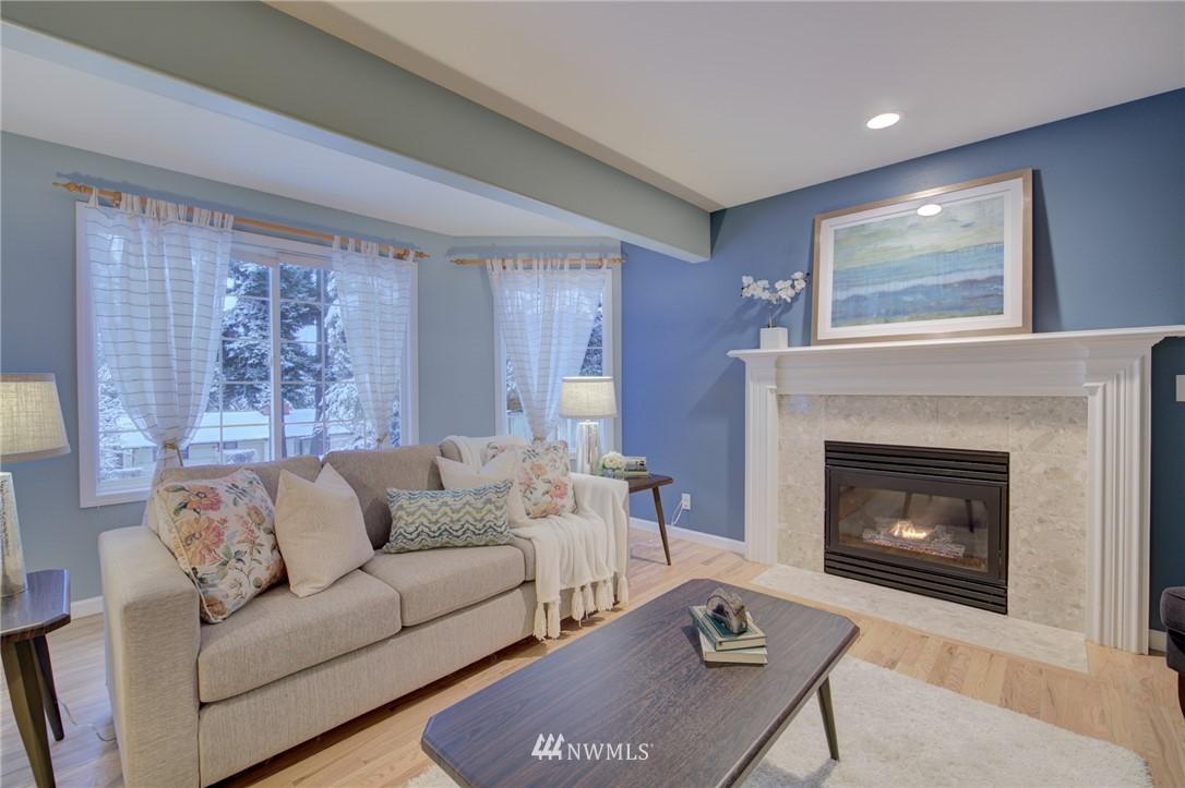 Sold Property | 19207 Firlands Way N Shoreline, WA 98133 3