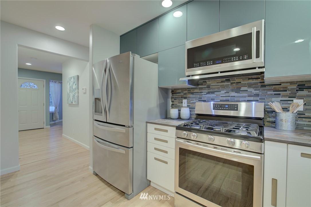 Sold Property | 19207 Firlands Way N Shoreline, WA 98133 10