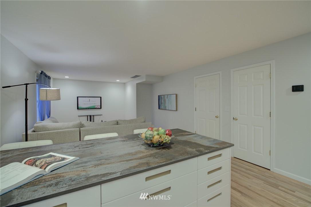 Sold Property | 19207 Firlands Way N Shoreline, WA 98133 12