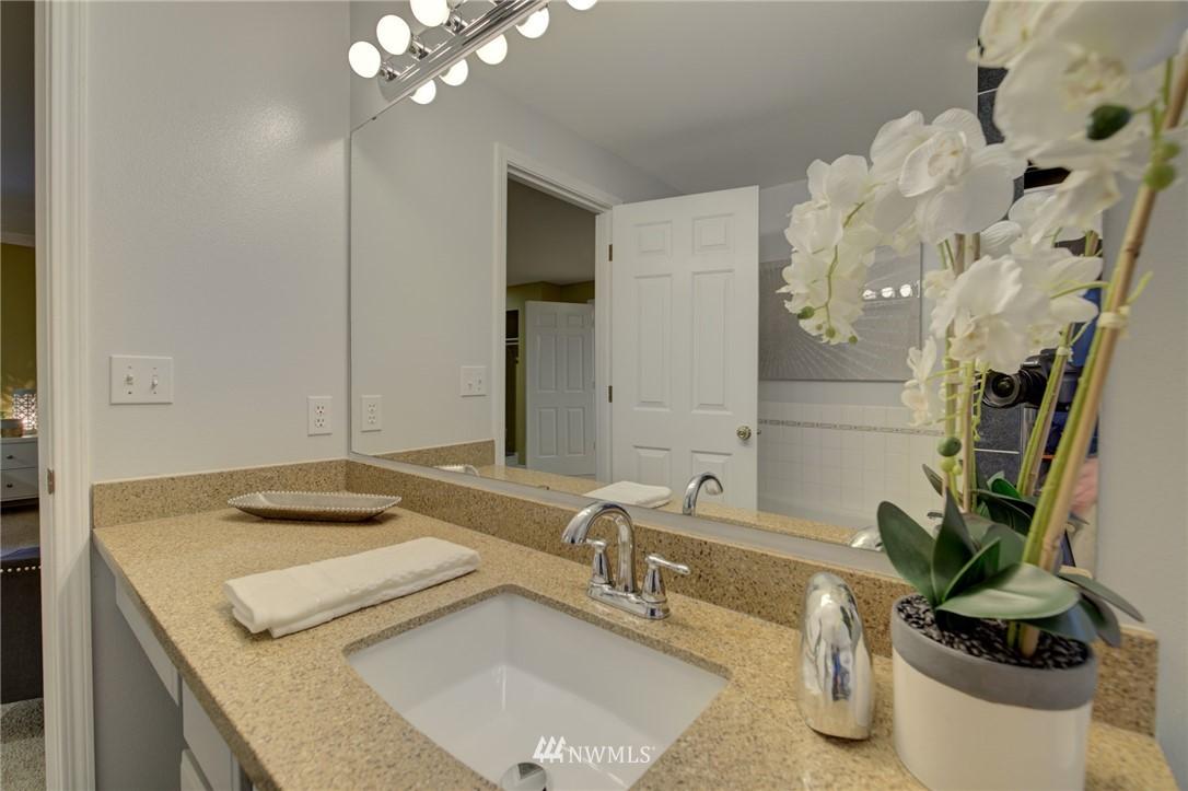 Sold Property | 19207 Firlands Way N Shoreline, WA 98133 24