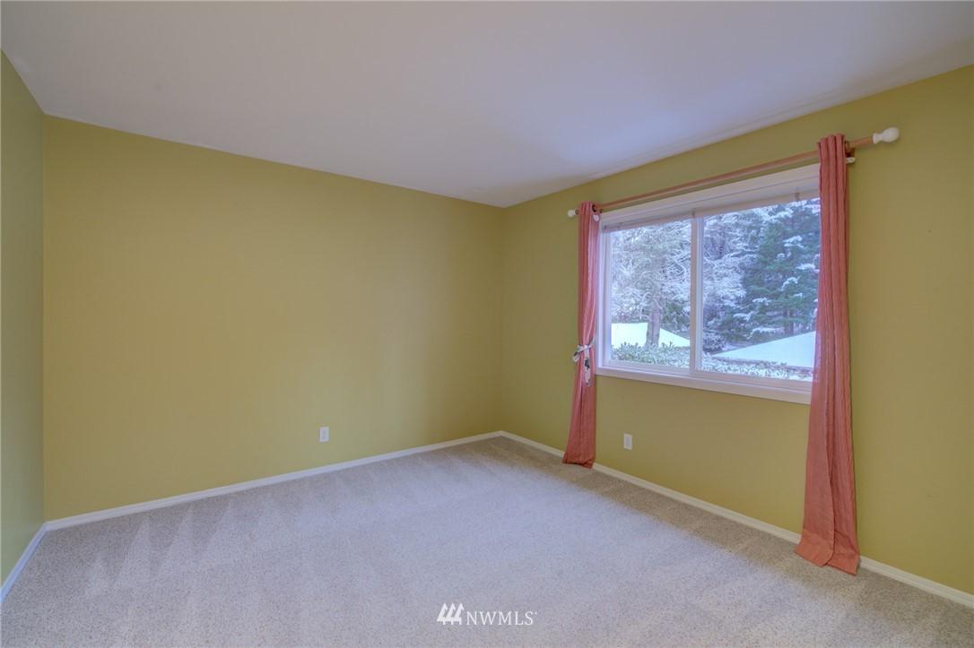 Sold Property | 19207 Firlands Way N Shoreline, WA 98133 28