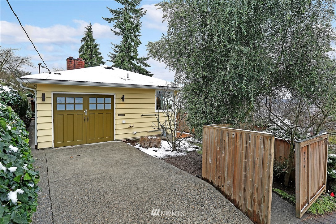 Sold Property   225 NW 49th Street Seattle, WA 98107 0