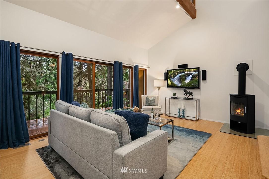 Sold Property   4920 NE 180th Street Lake Forest Park, WA 98155 4