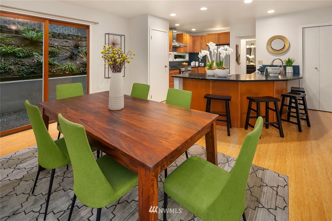 Sold Property   4920 NE 180th Street Lake Forest Park, WA 98155 11