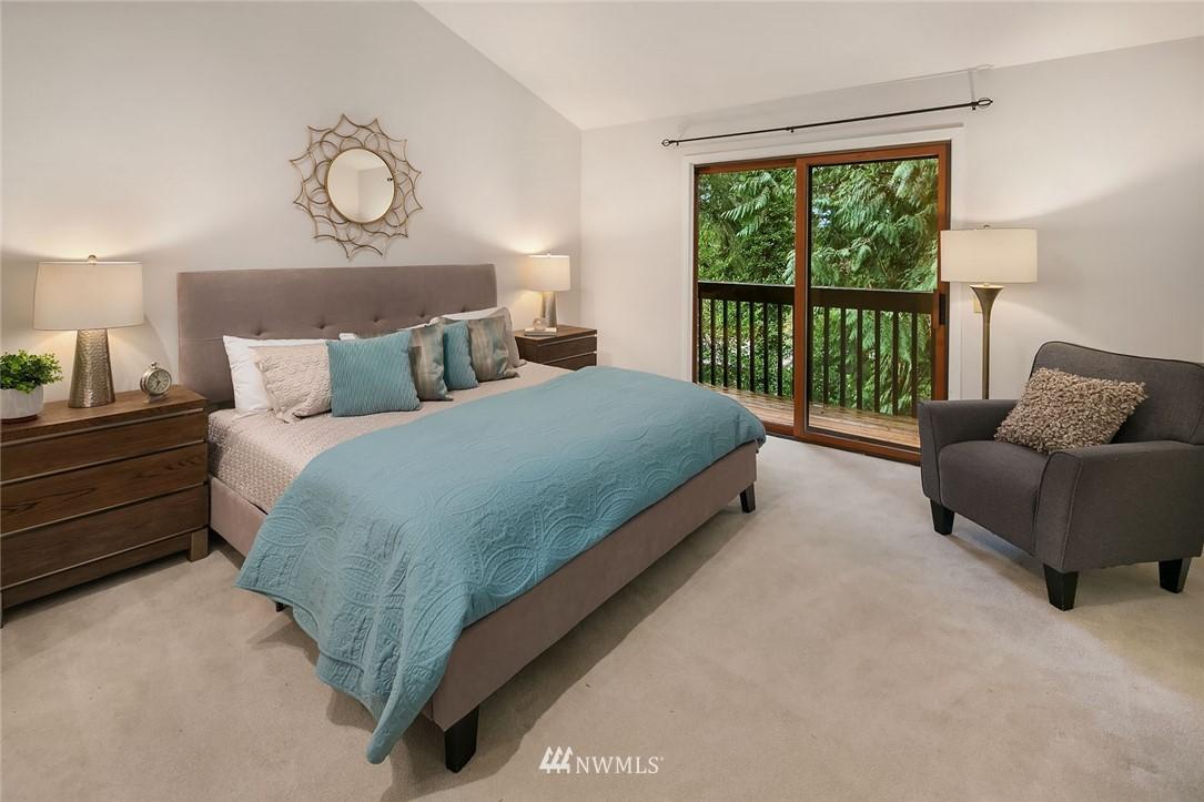 Sold Property   4920 NE 180th Street Lake Forest Park, WA 98155 15