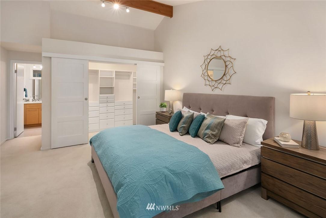 Sold Property   4920 NE 180th Street Lake Forest Park, WA 98155 16