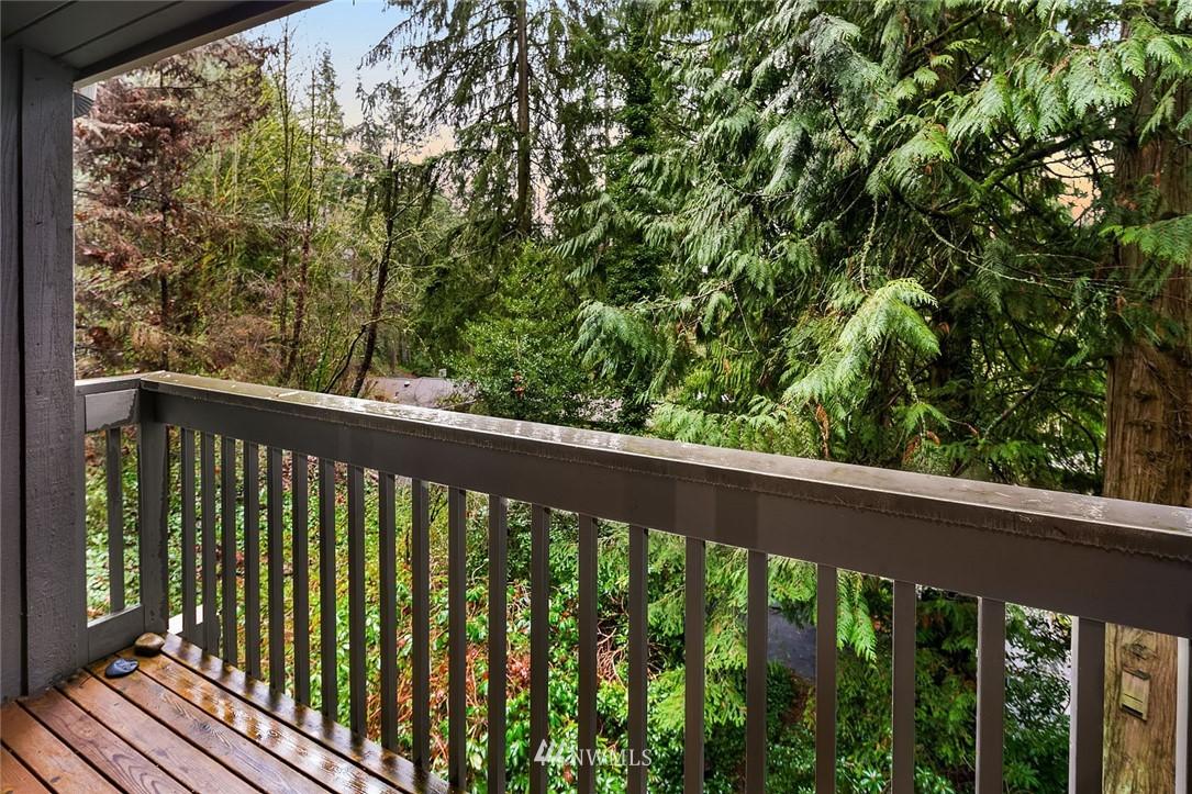 Sold Property   4920 NE 180th Street Lake Forest Park, WA 98155 17