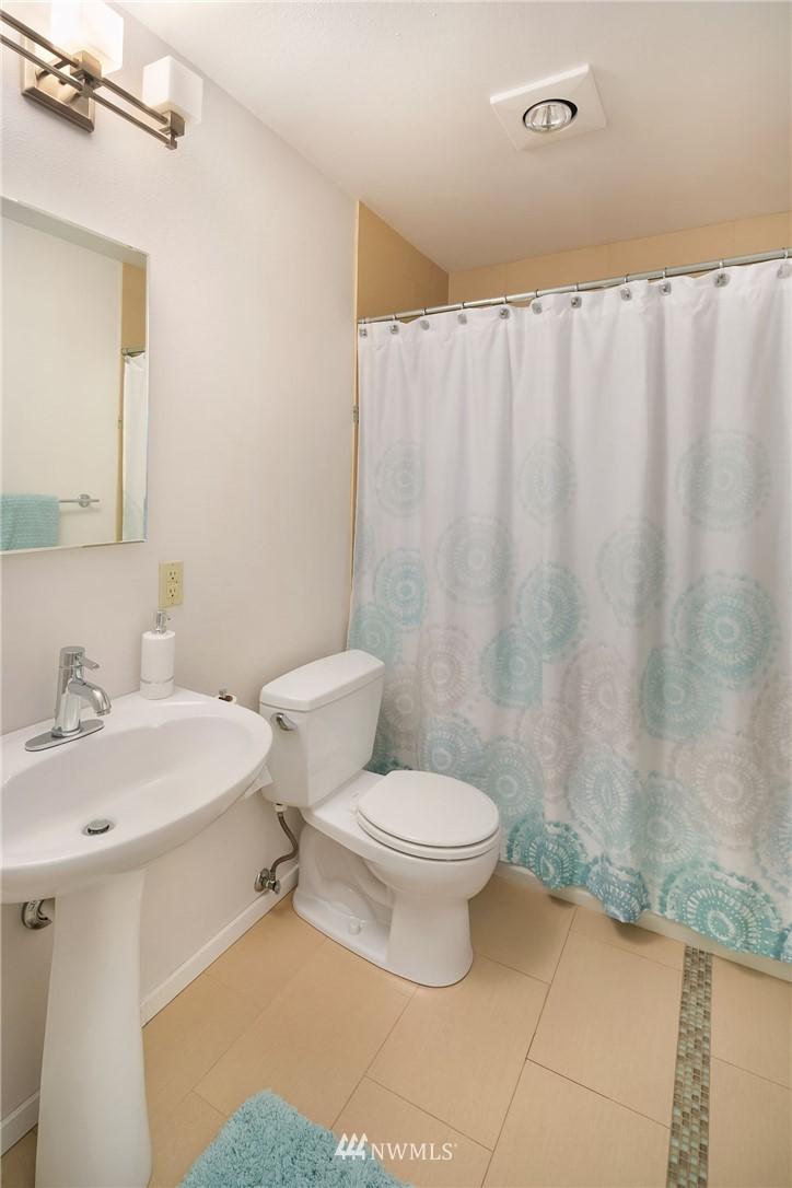 Sold Property   4920 NE 180th Street Lake Forest Park, WA 98155 22