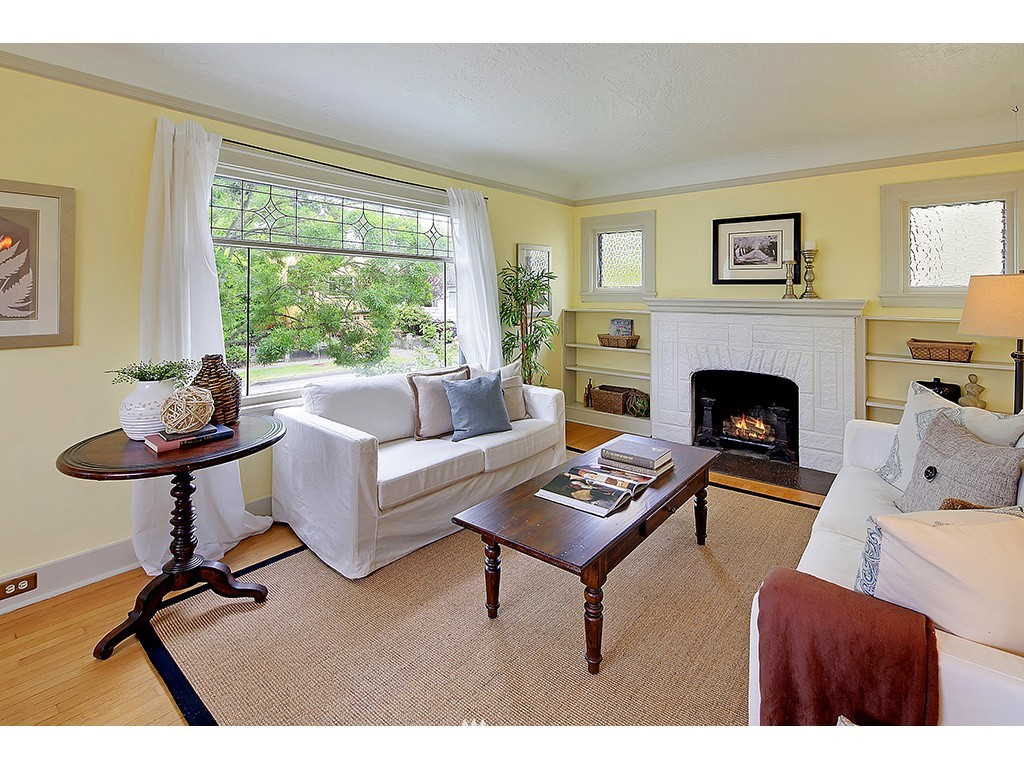 Sold Property | 7615 3rd Avenue NW Seattle, WA 98117 2