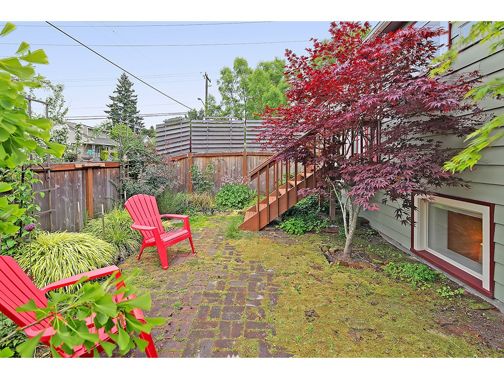 Sold Property | 7615 3rd Avenue NW Seattle, WA 98117 19