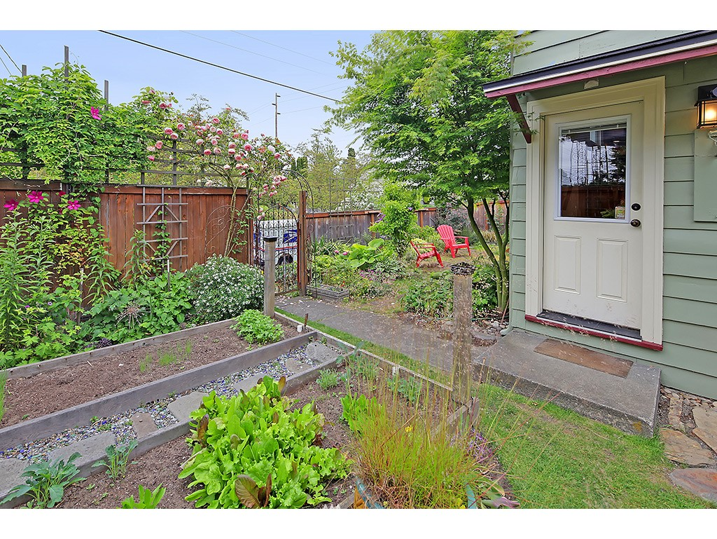 Sold Property | 7615 3rd Avenue NW Seattle, WA 98117 20
