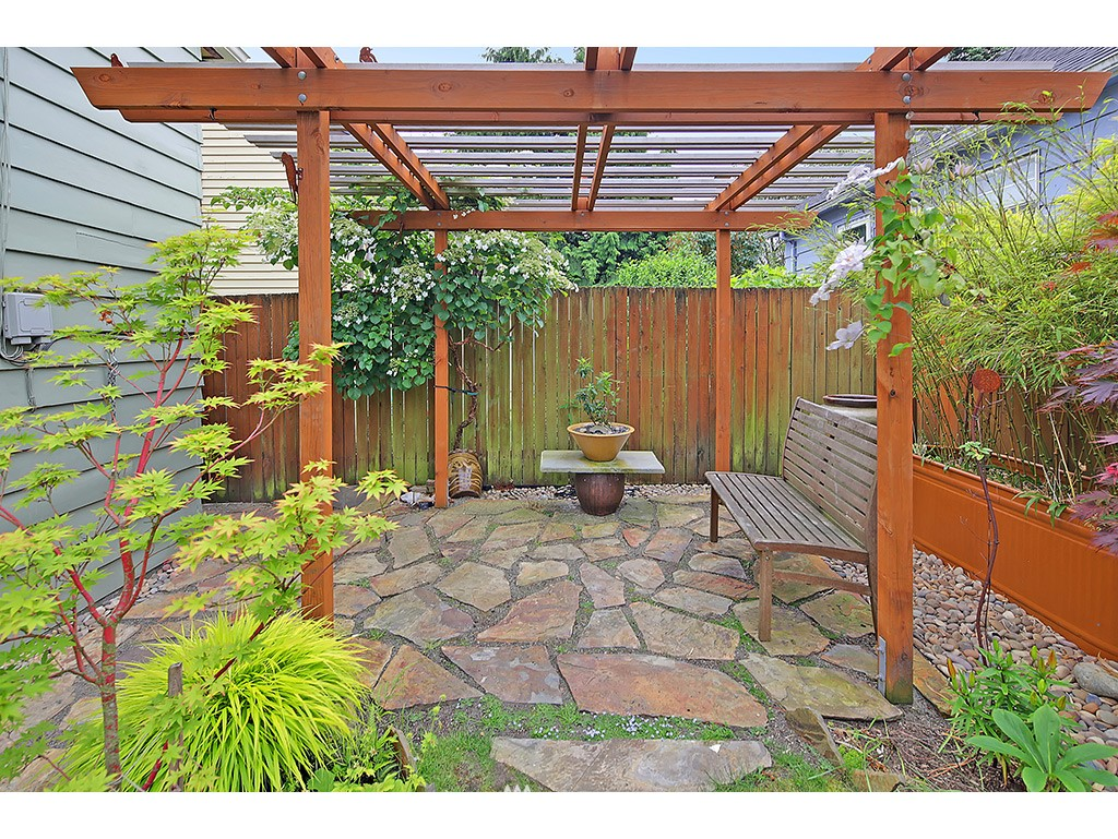 Sold Property | 7615 3rd Avenue NW Seattle, WA 98117 21