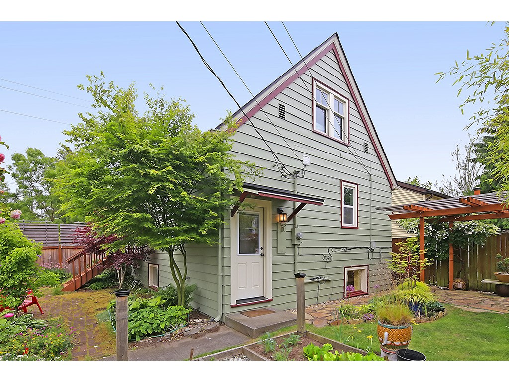 Sold Property | 7615 3rd Avenue NW Seattle, WA 98117 22