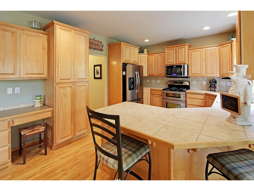 Sold Property | 1315 27 Avenue Ct SW Puyallup, WA 98373 5