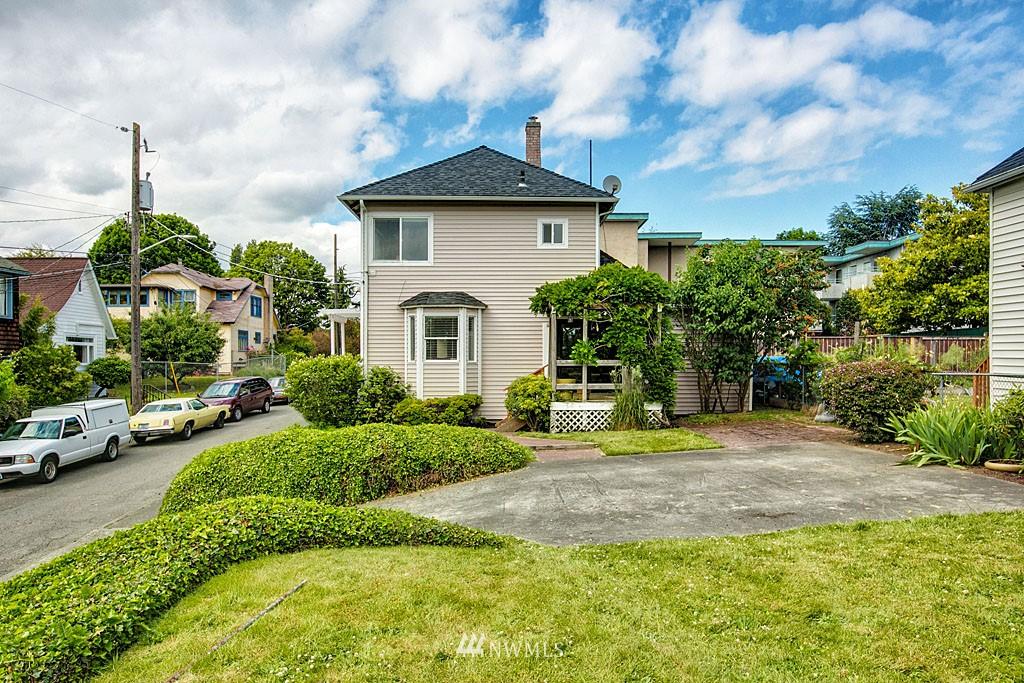 Sold Property | 112 28th Avenue S Seattle, WA 98144 0