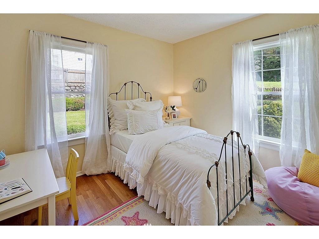 Sold Property | 9110 25 Avenue NE Seattle, WA 98115 8