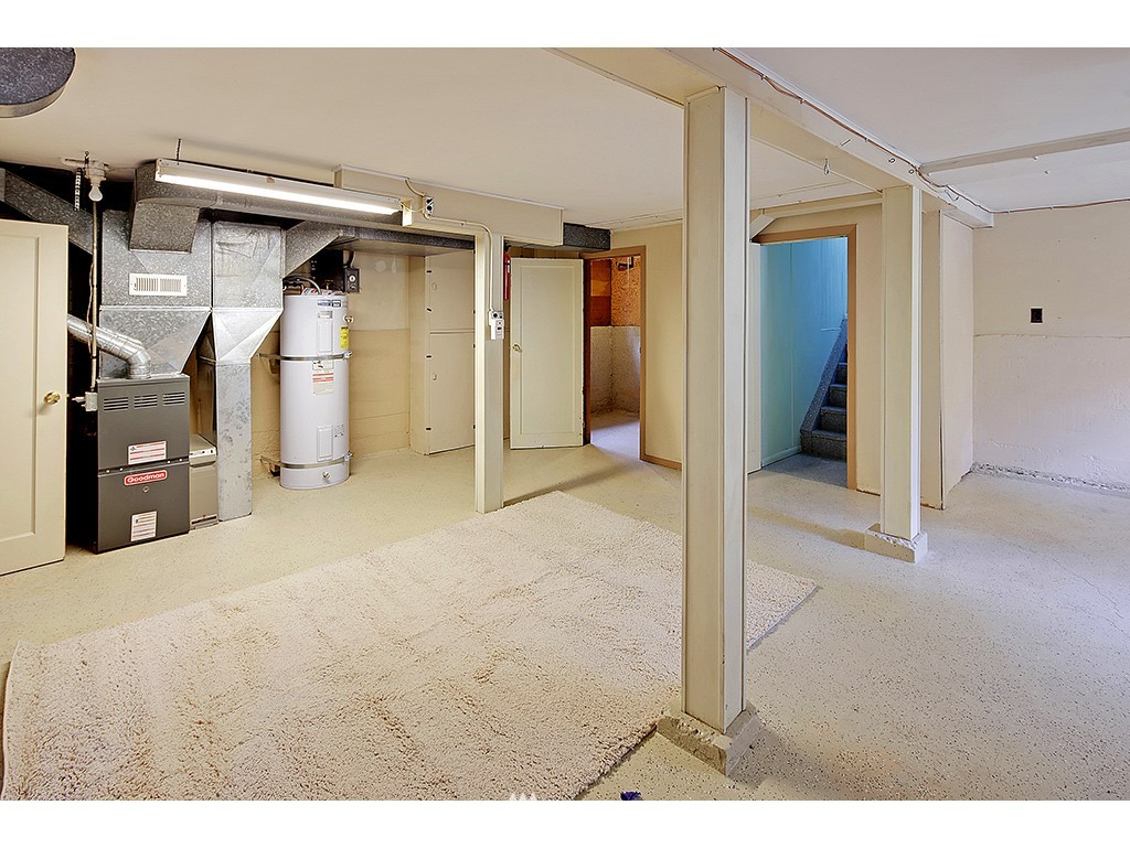 Sold Property | 9110 25 Avenue NE Seattle, WA 98115 10