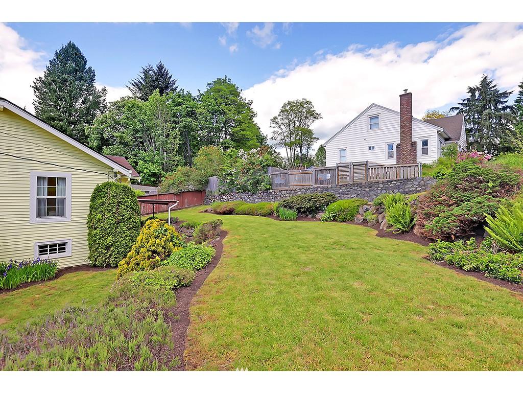 Sold Property | 9110 25 Avenue NE Seattle, WA 98115 18