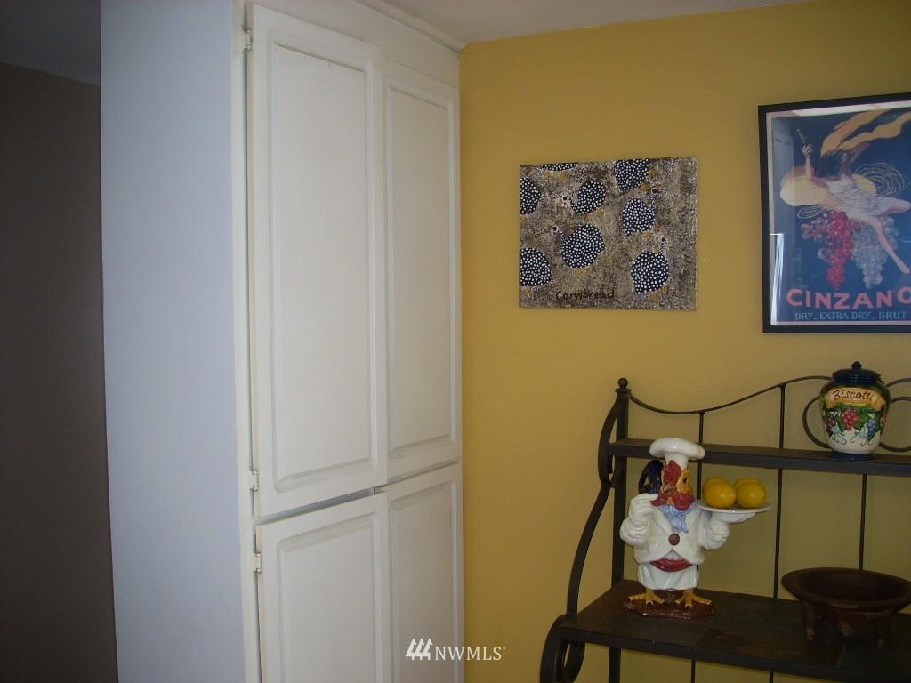Sold Property | 4606 242nd Street SW Mountlake Terrace, WA 98043 8