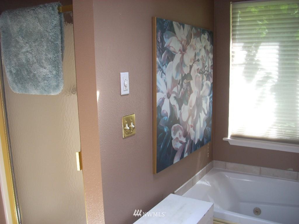 Sold Property | 4606 242nd Street SW Mountlake Terrace, WA 98043 10