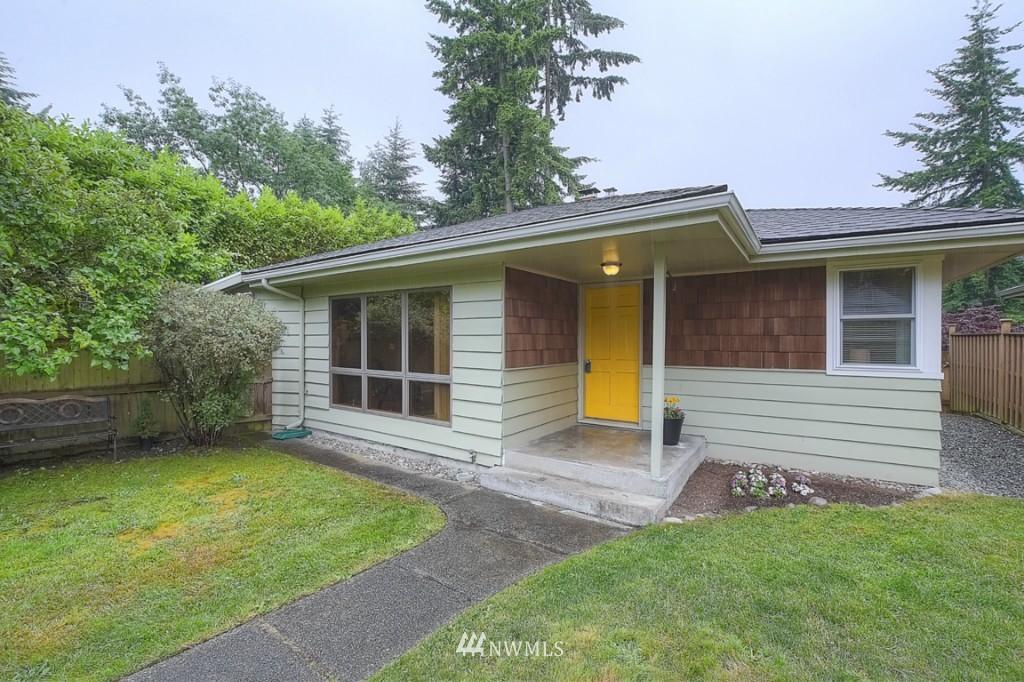 Sold Property | 14015 Interlake Avenue N Seattle, WA 98133 0