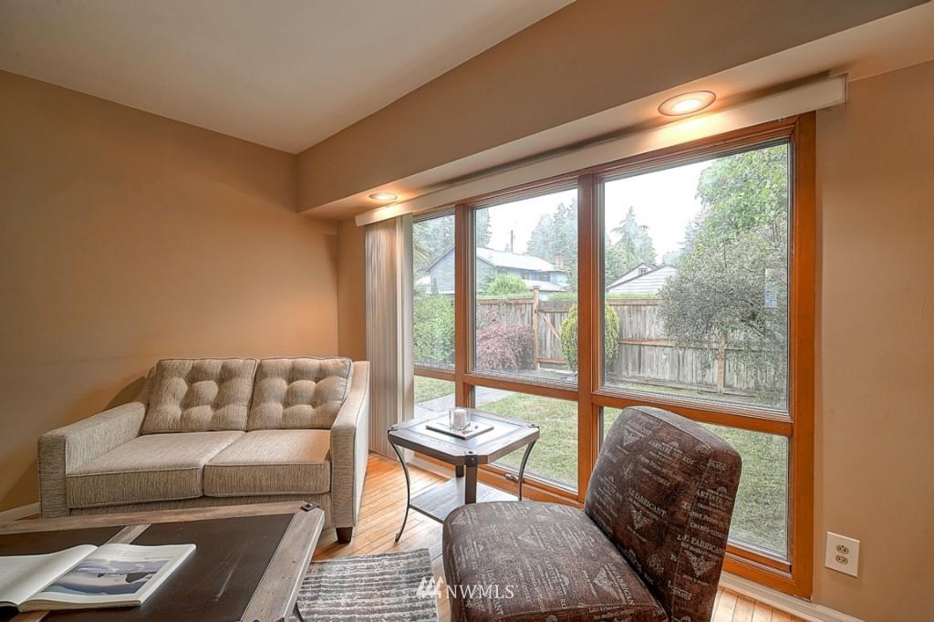 Sold Property | 14015 Interlake Avenue N Seattle, WA 98133 1