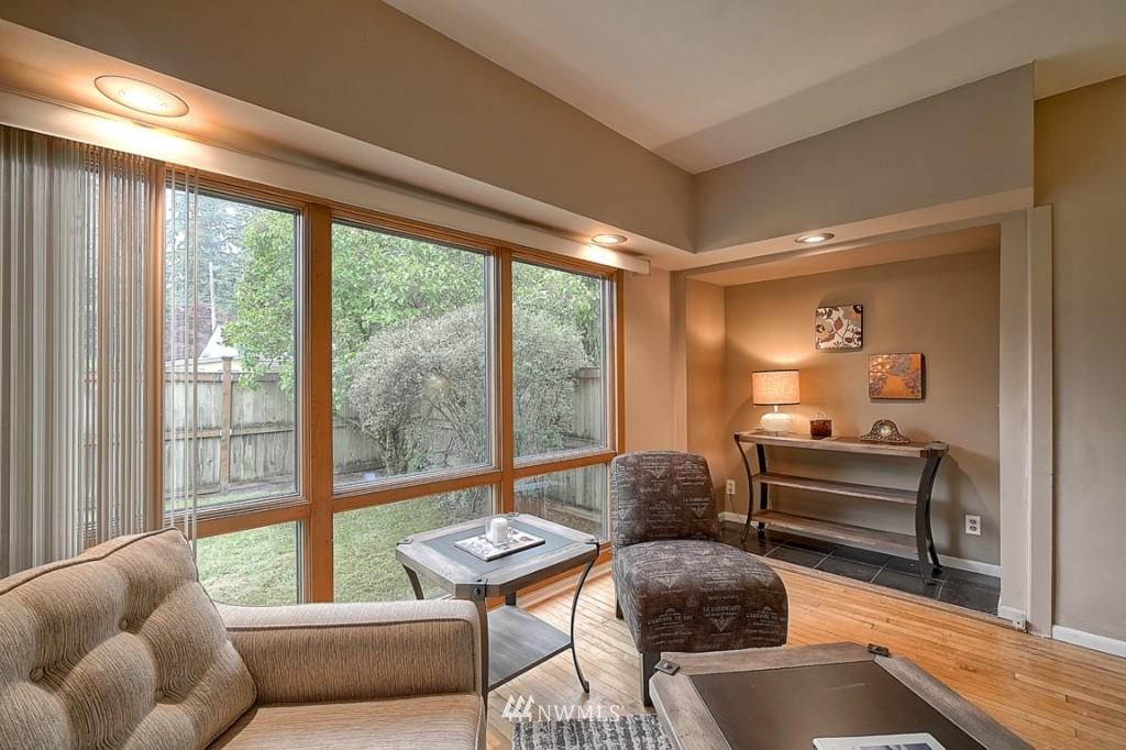 Sold Property | 14015 Interlake Avenue N Seattle, WA 98133 2